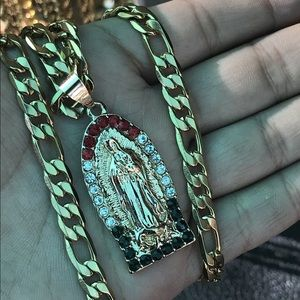 Virgen Mary Pendant With Chain